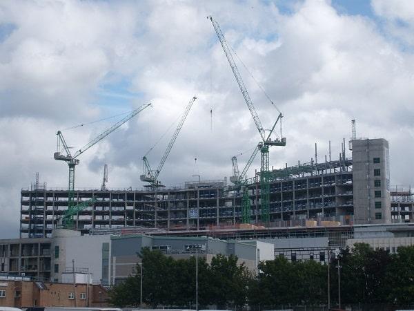 Queen Elizabeth II Hospital steel construction