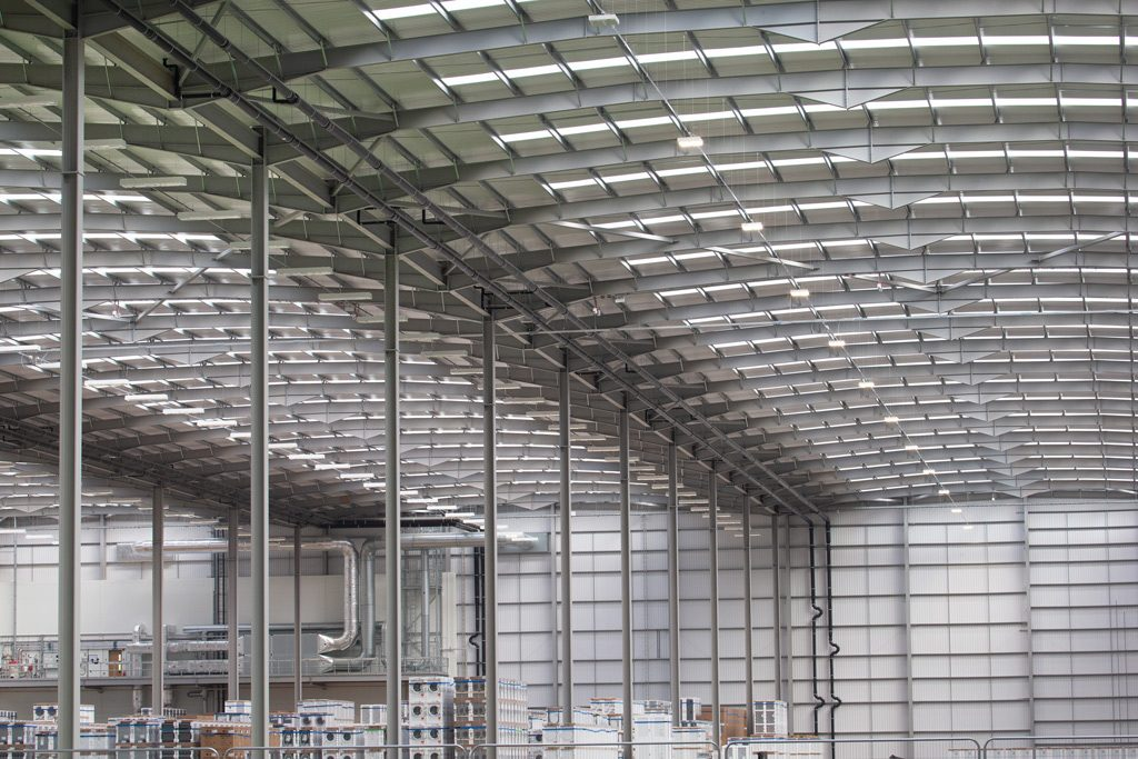 Interior-image-showing-massive-steel-construction-of-Mulberry-Projects-Corby-Distribution-Centre-steelwork-and-construction-by-JD-Pierce-Contracts-Ltd-Scotland
