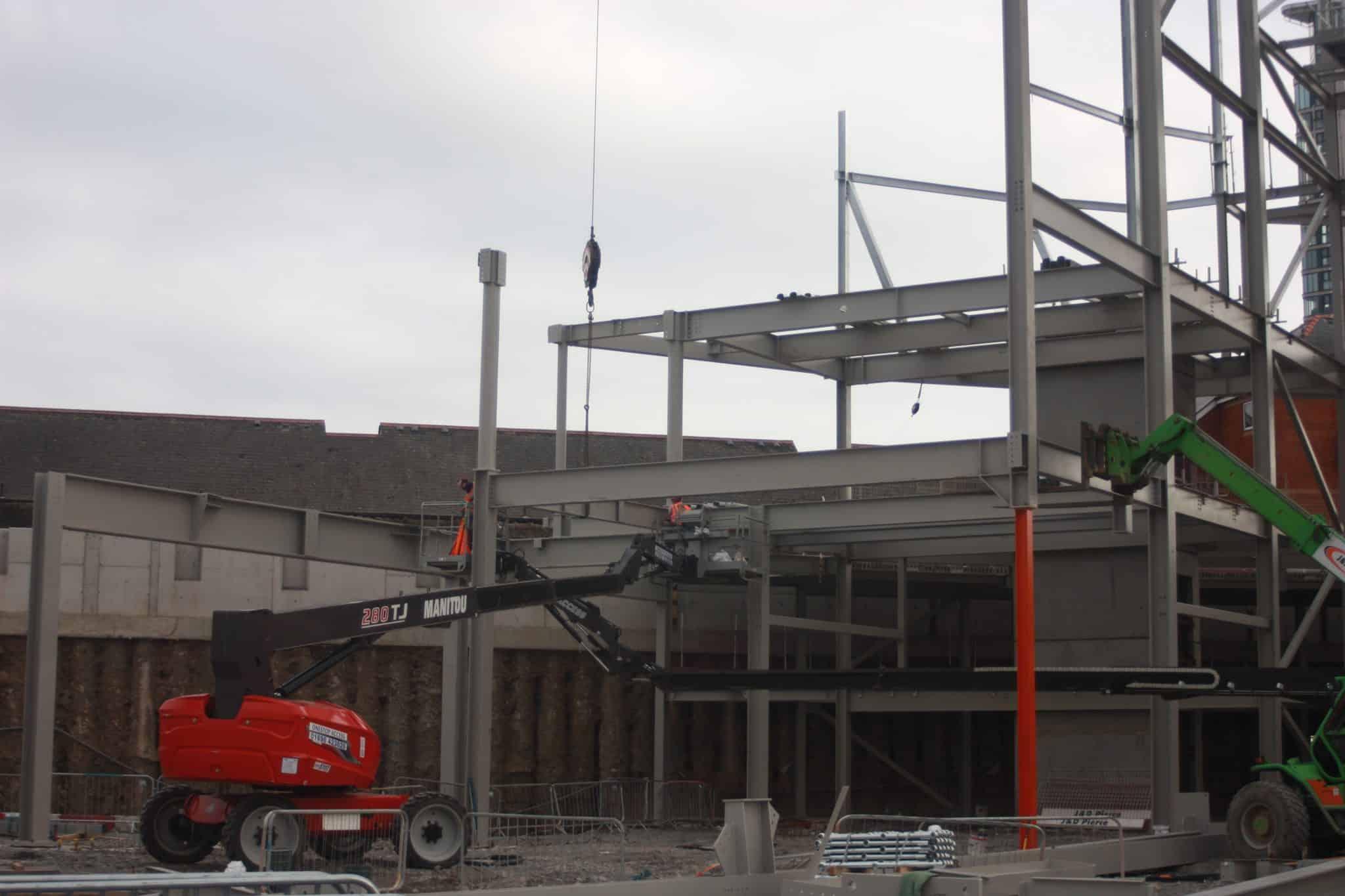 Swansea Arena - steel installation - JDPierce