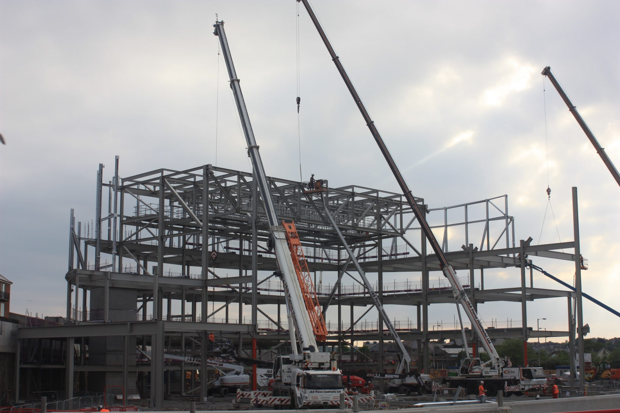 Swansea Arena - Cranes - JDPierce